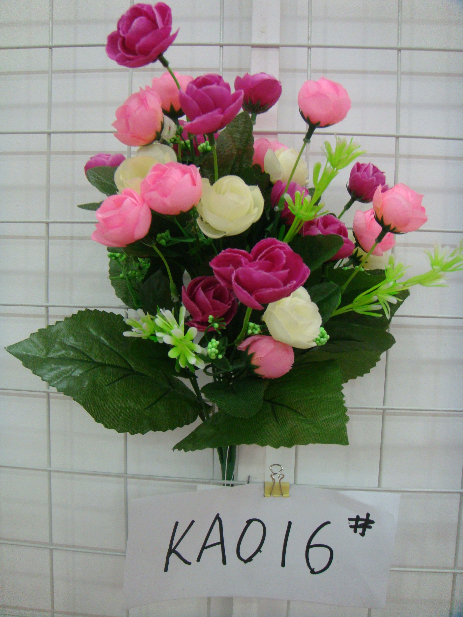 Можно ли держать дома искусственные цветы: приметы и советы ...