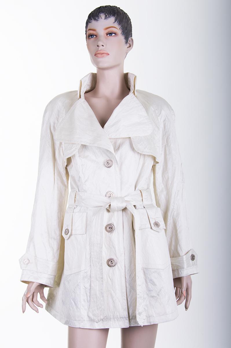 8e610d2ebd6 Купить стильный белый женский плащ (Украина) - Фотогалерея одежды ...
