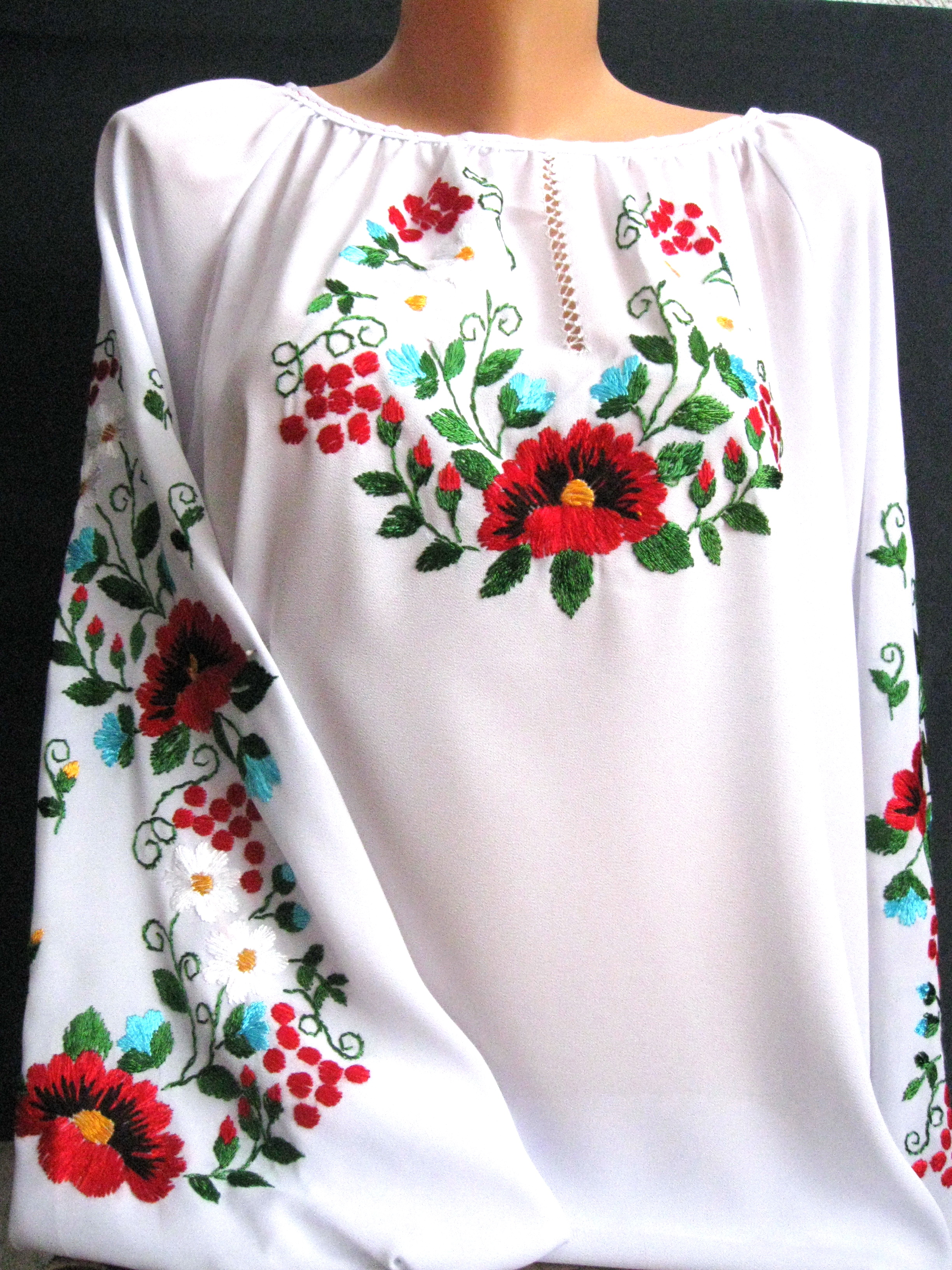 Вышивки блузок гладью фото