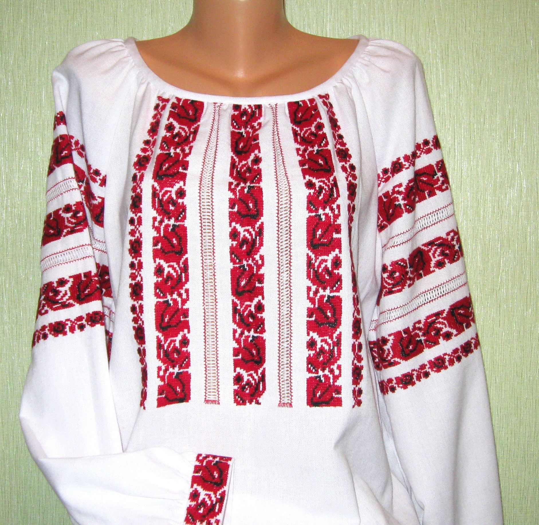Вишита сорочка жіноча Сокальська червона - Фотогалерея - Вишиванки ... 0190d252f008d