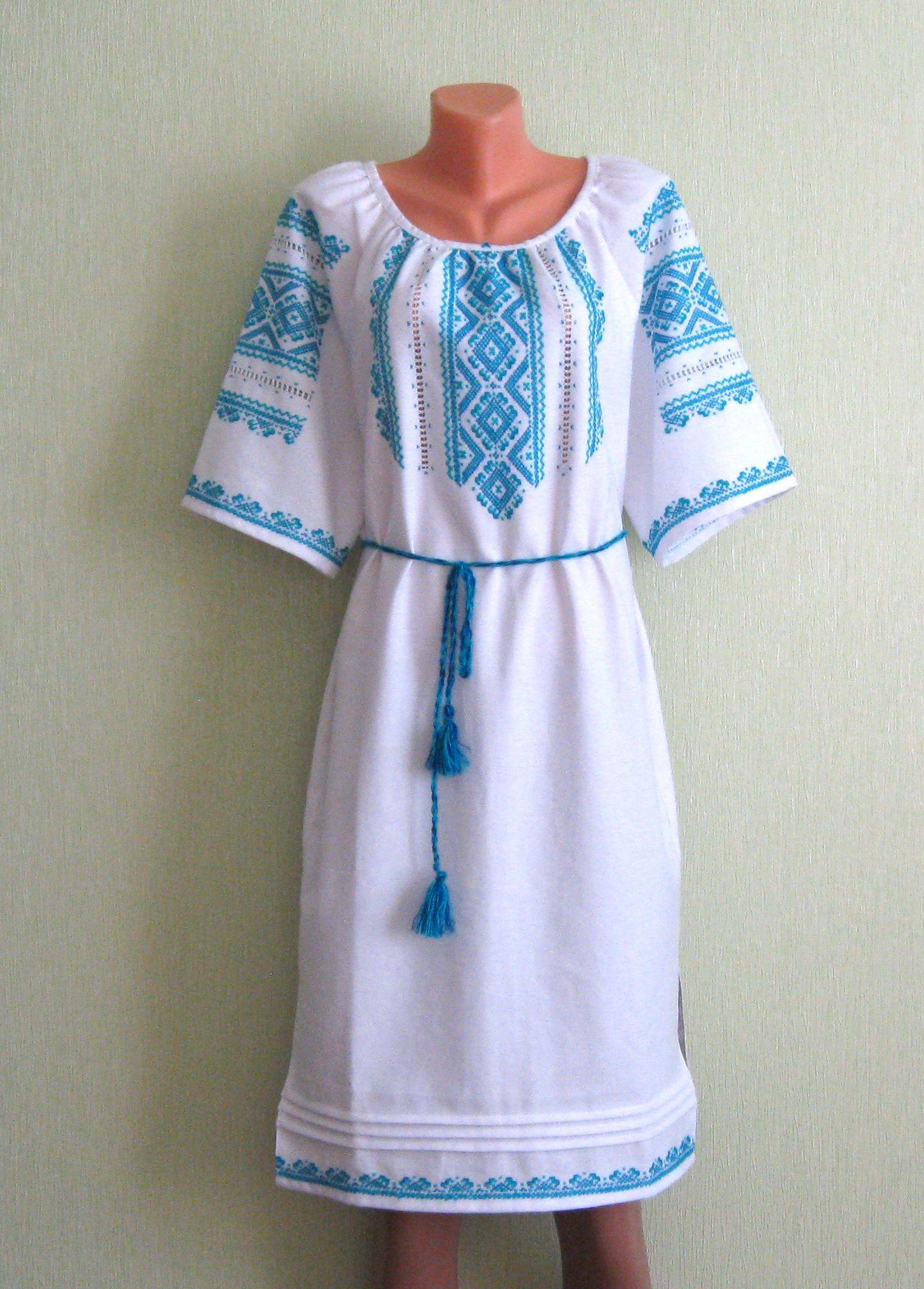 Сучасна вишивка (плаття) - Фотогалерея - Вишиванки ручної роботи від ... 5f2f525fcb4ea