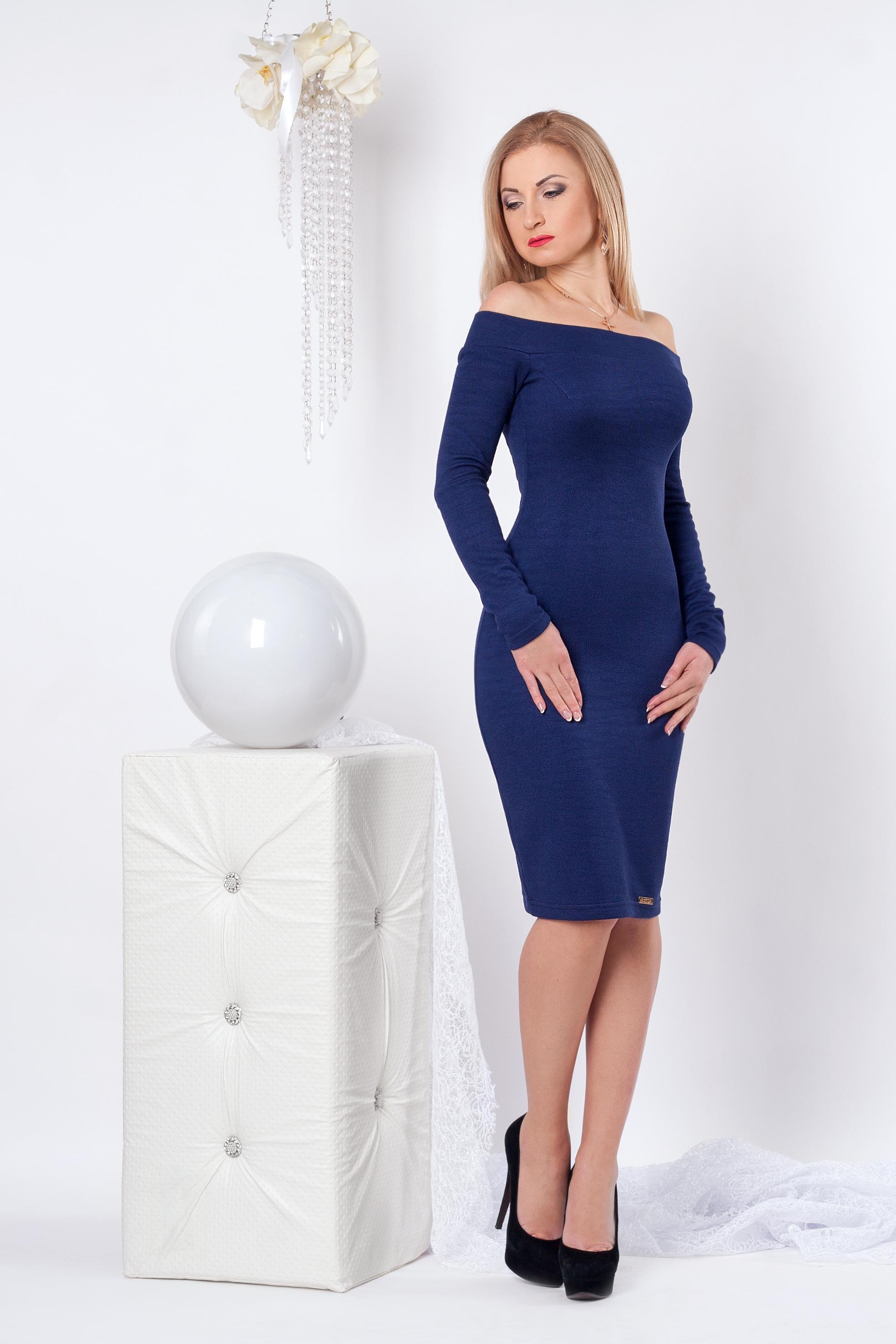 Приталенное женское платье 963 - Фотогалерея стильной одежды ... e8e07847c1c42