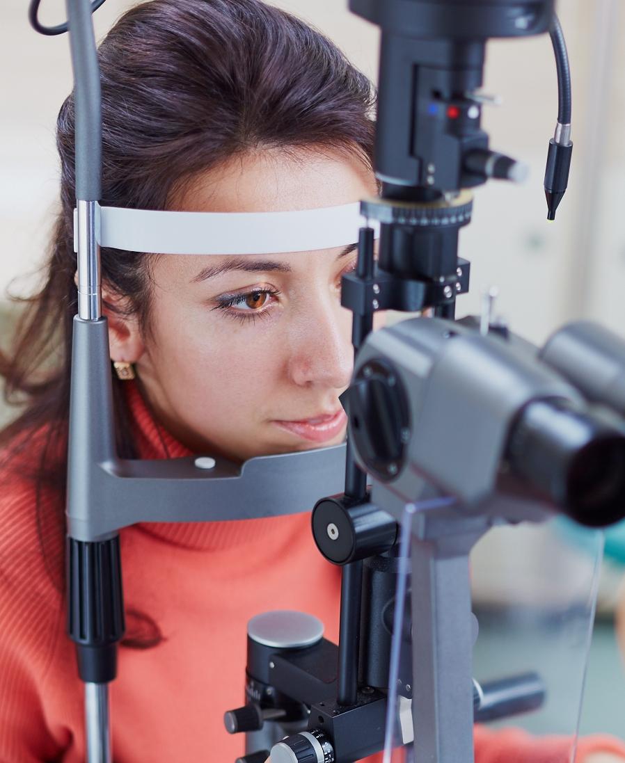 Вимірюємо безболісно очний тиск (фото) - Корпоративні фото ... dd348e9e9226b