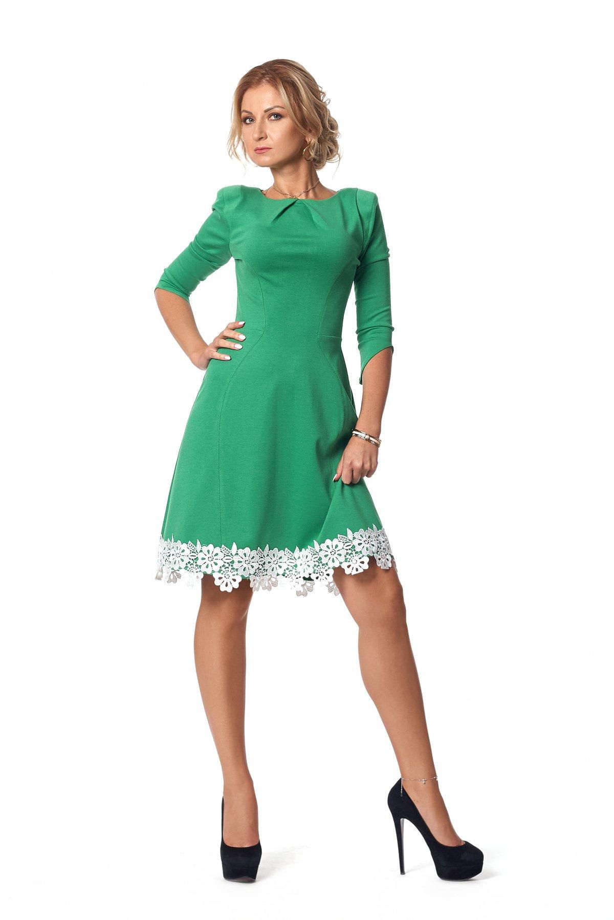 Повседневное женское платье (фото) - Фотогалерея стильной одежды ... fdbcb18139b79
