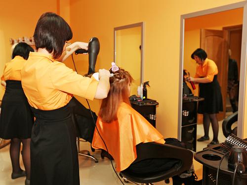 6 інфекцій, які можна підхопити у перукарні