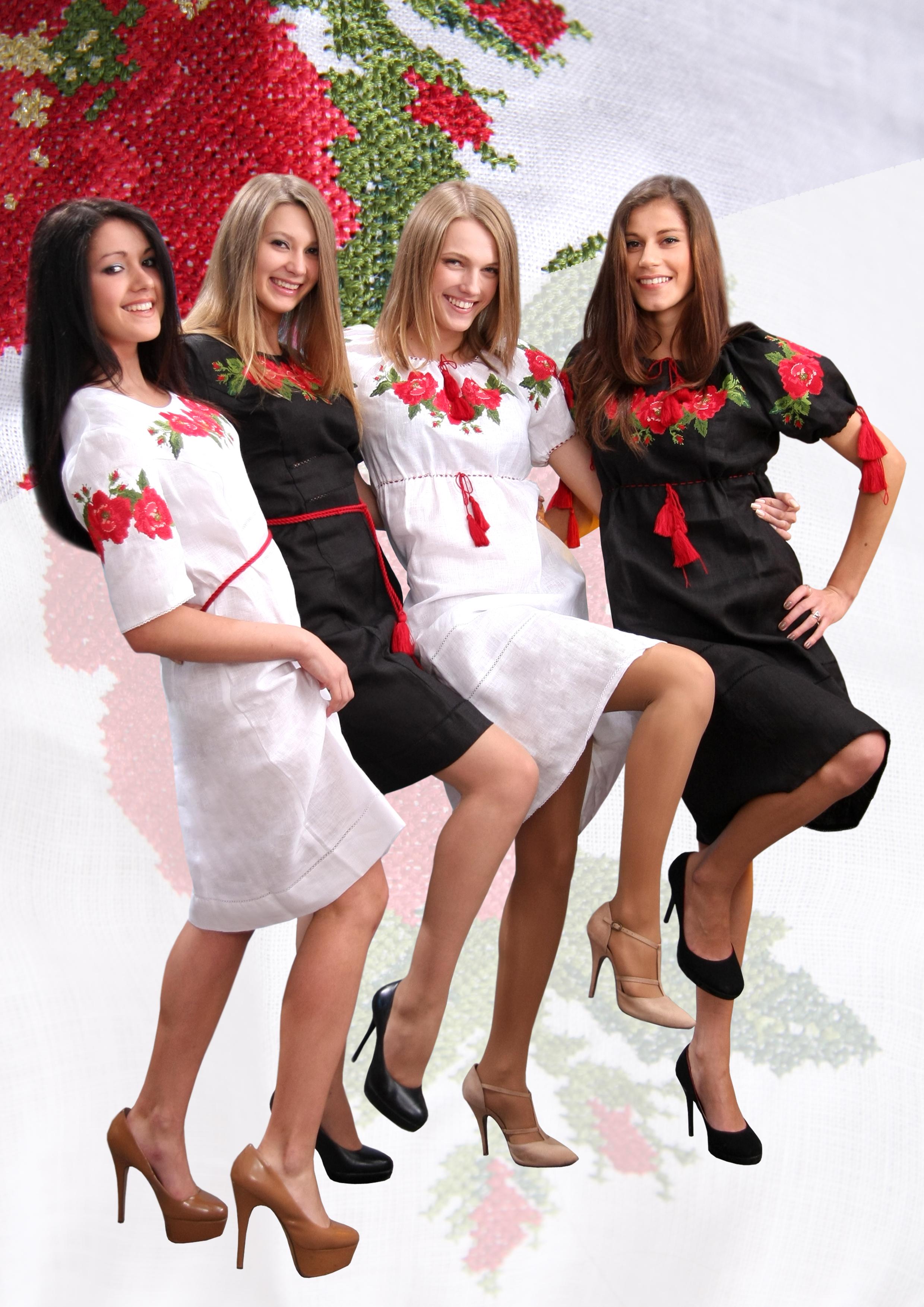 Українська вишиванка жіночі сукні