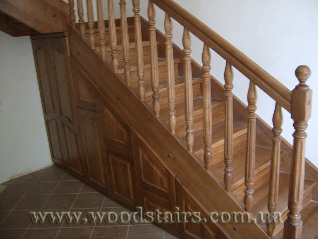 сходи дерев'яні фото