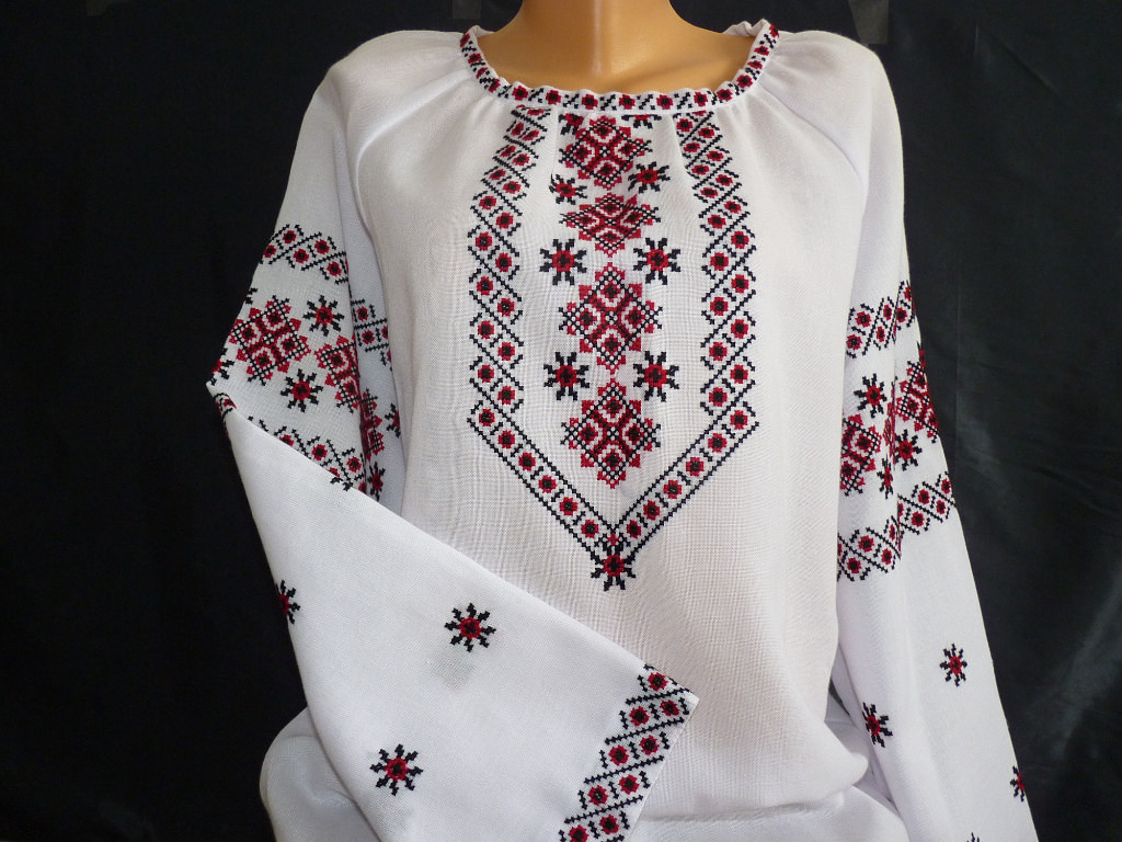 вишиванка жіноча ручної роботи на домотканому полотні - Товари ... ebae395079983