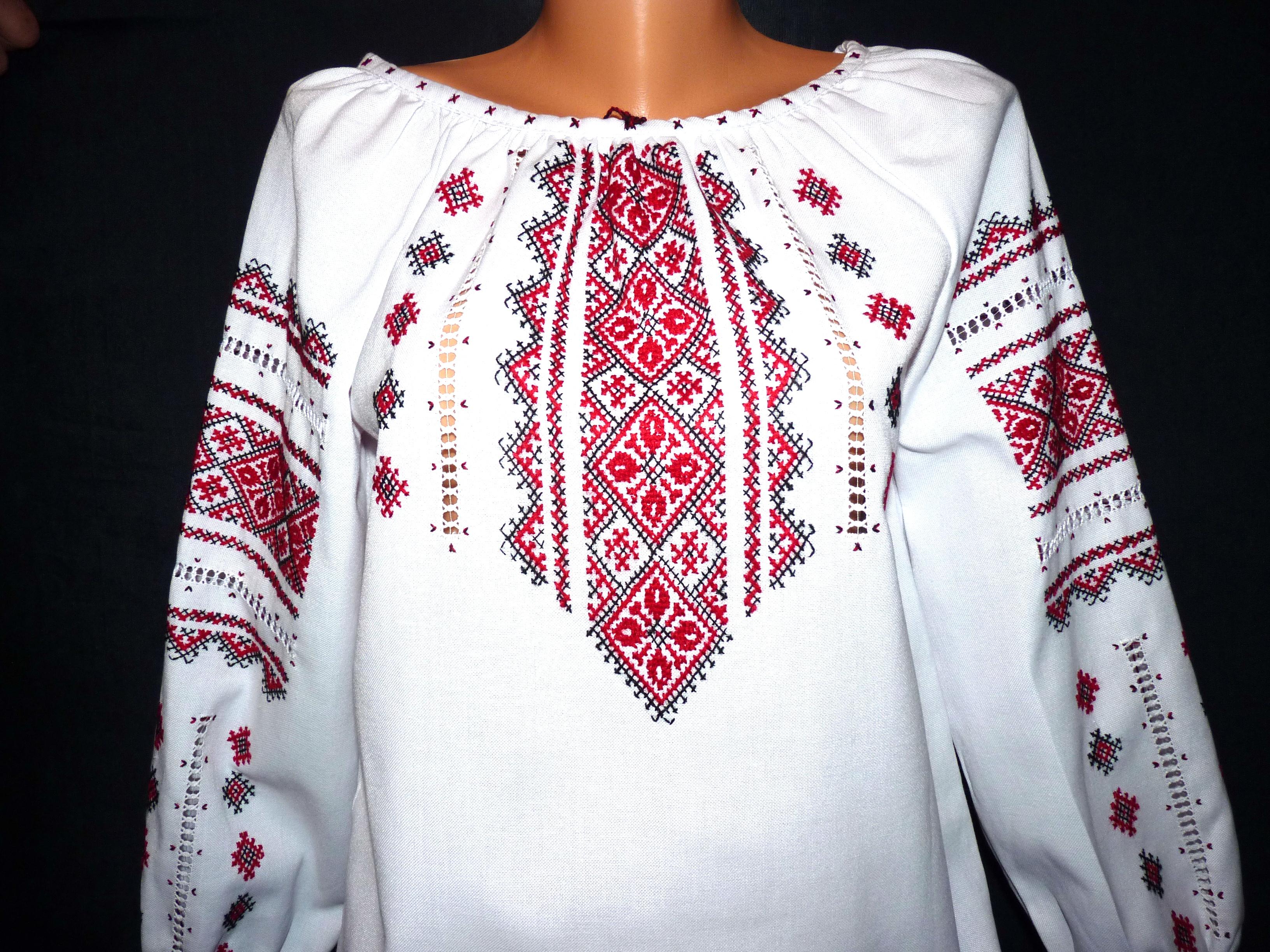 красивая вышиванка для девочки - Товары - Вишиванки ручної роботи ... b346920bcba88