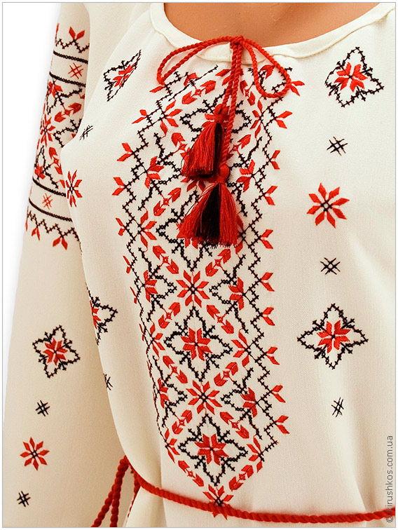 Вишите плаття з філігранним візерунком у традиційних кольорах ціна ... bb6d7436836f5