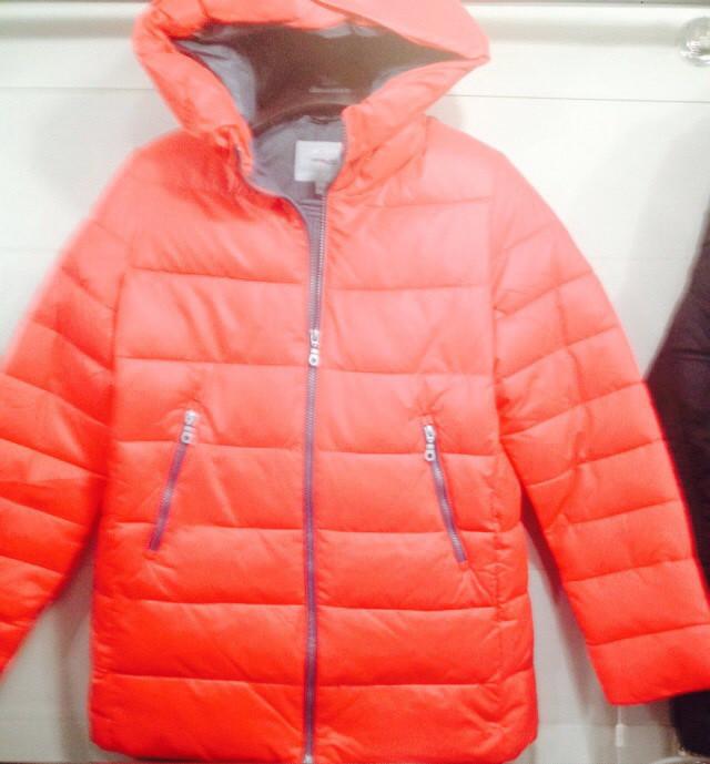 Жіноча зимова куртка на холлофайбере коралова оптом ціна bac67530de216