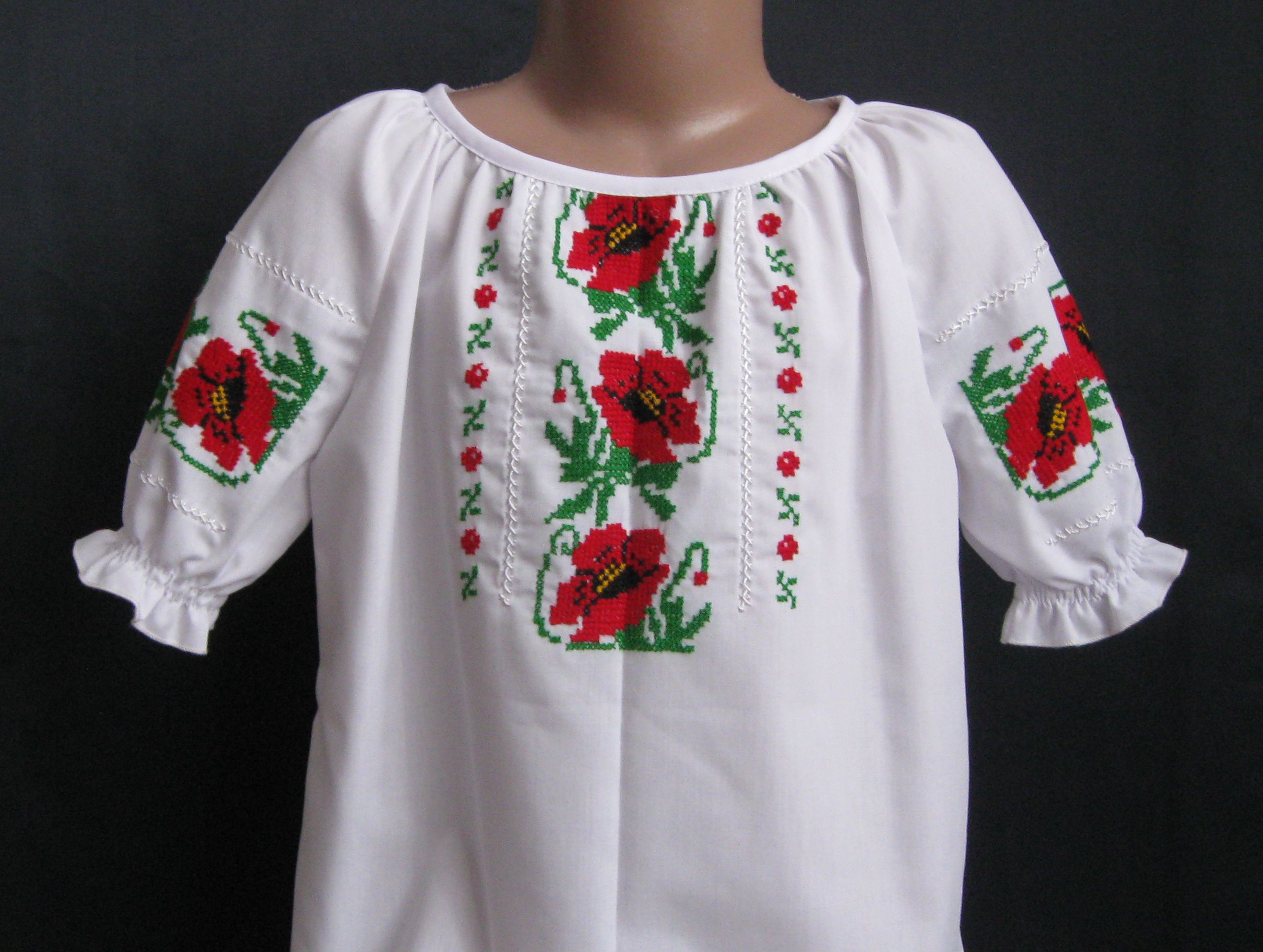 вышиванка для девочки с маками цена e75394556acd7