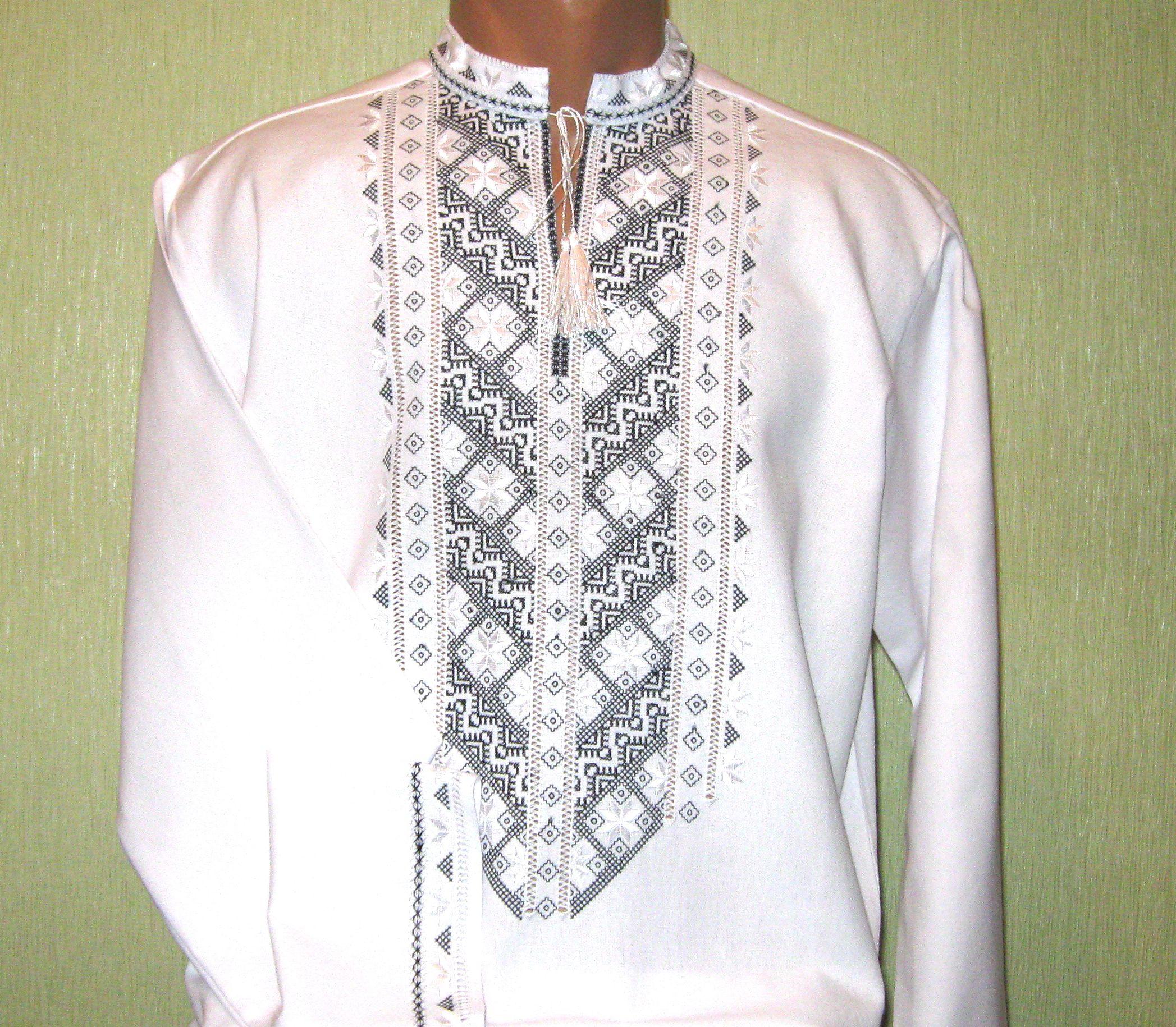 Чоловіча вишиванка з чорно-білим орнаментом ціна d6ab36ea0aac2