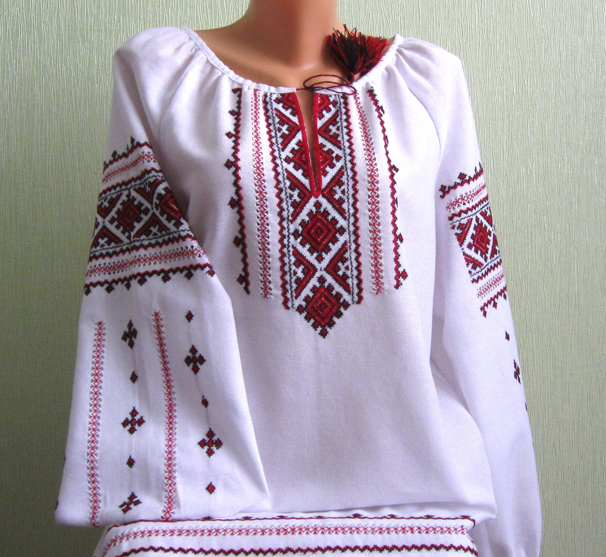 сорочка жіноча вишита ручної роботи - Товари - Вишиванки ручної ... b92ab20c64da6