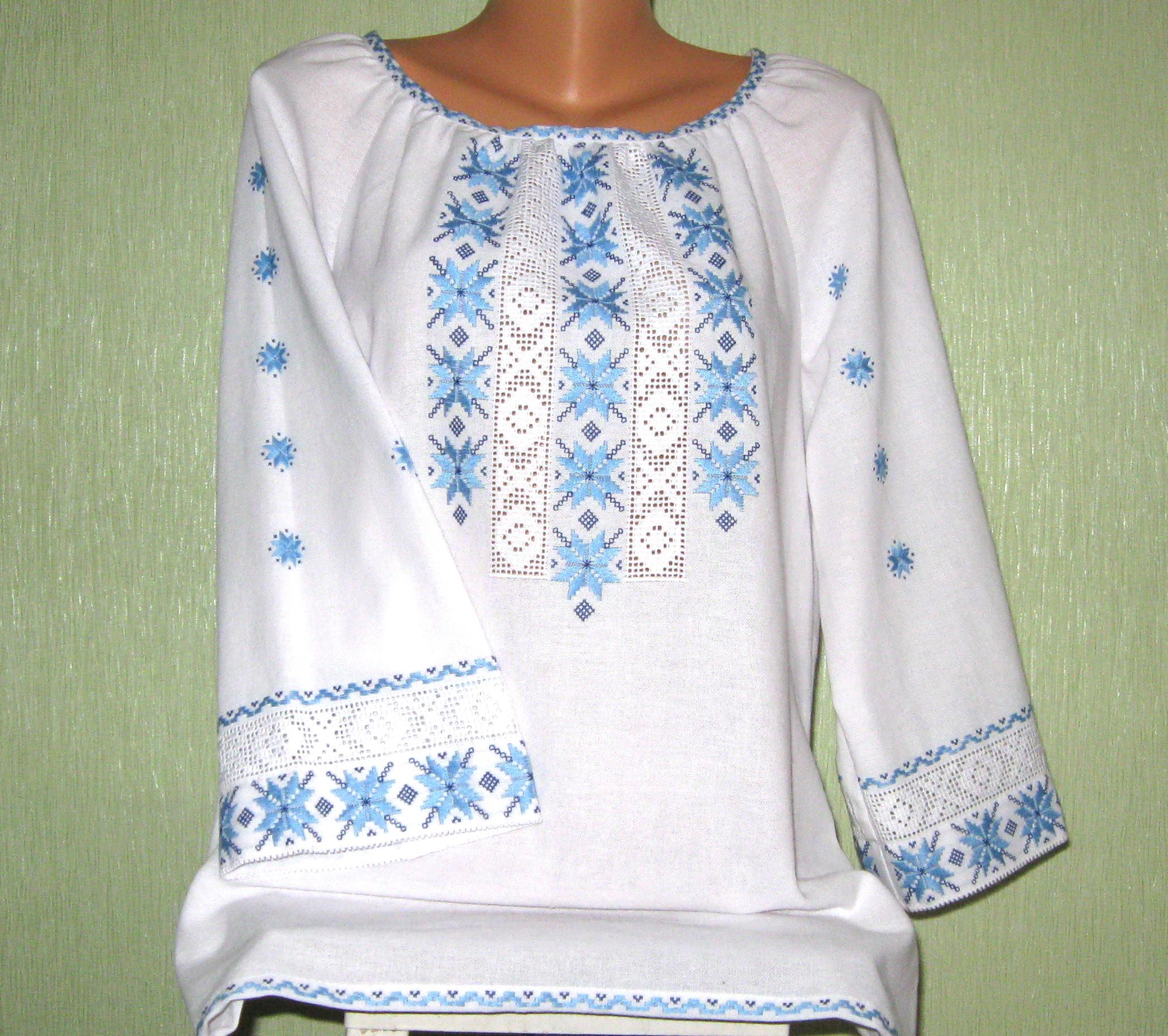 жіноча вишиванка з мереживом - Товари - Вишиванки ручної роботи від ... dac69693bd3c7