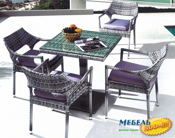 Садовая мебель из искусственного ротанга. шезлонги, столы и .