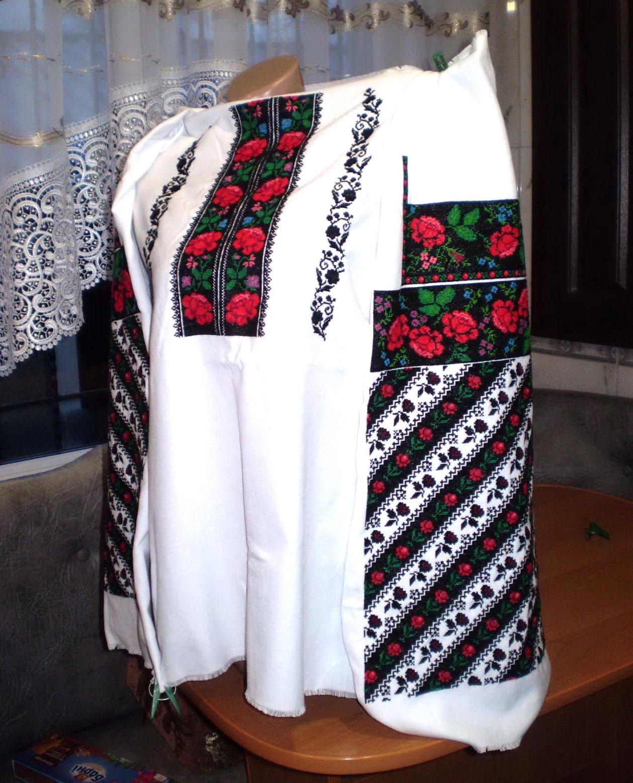 борщівська вишиванка жіноча ручної роботи - Товари - Вишиванки ... bffcb7ef9276a