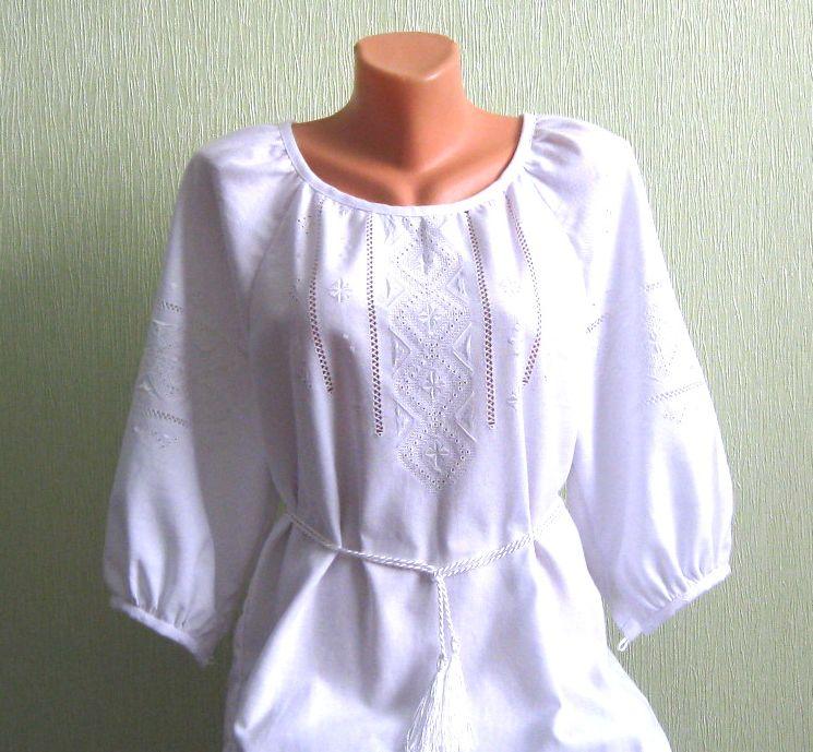 сукня вишита білим по білому ручної роботи - Товари - Вишиванки ... efb69bb6a7137