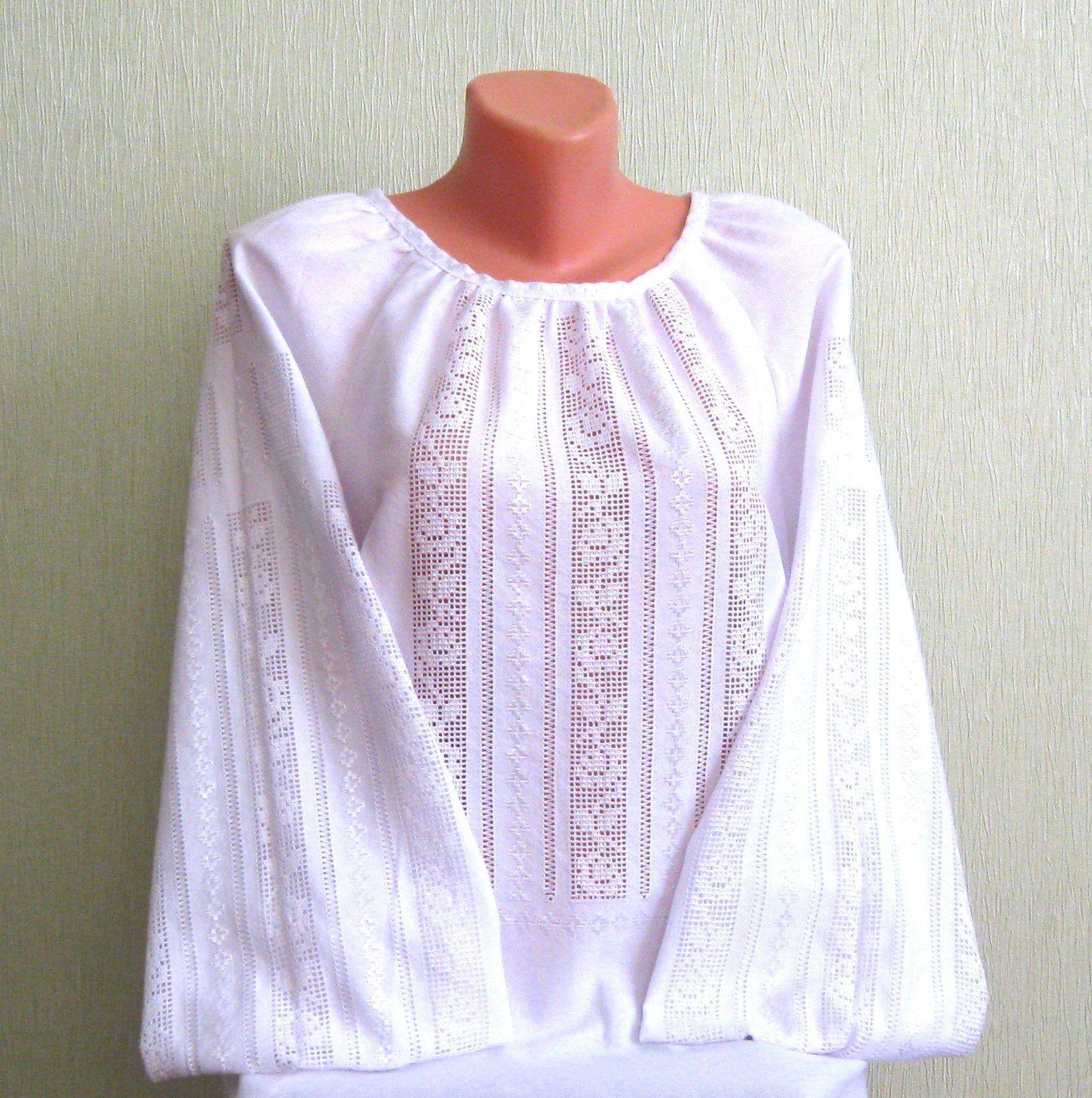 Полтавська вишиванка білим по білому ручної роботи - Товари ... 2f48b10a6a84b