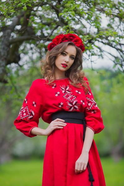 Вышиванка мужская и женское платье цена 24b81c7e51222
