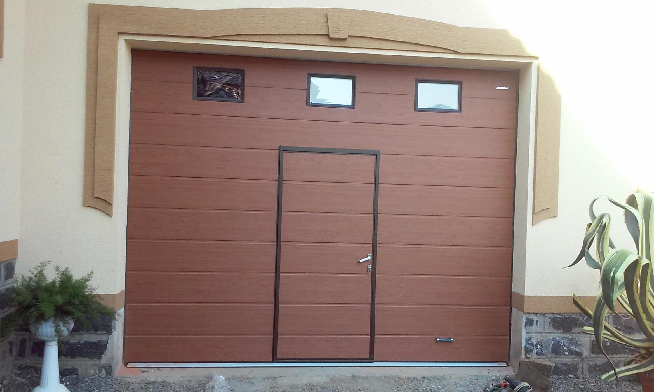 Железные входные двери в Саратове