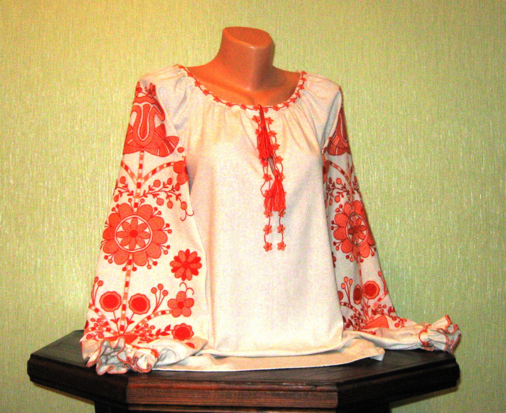 8acb627a9ed6b2 Сорочка вишита жіноча ручної роботи з орнаментом персикового кольору ...