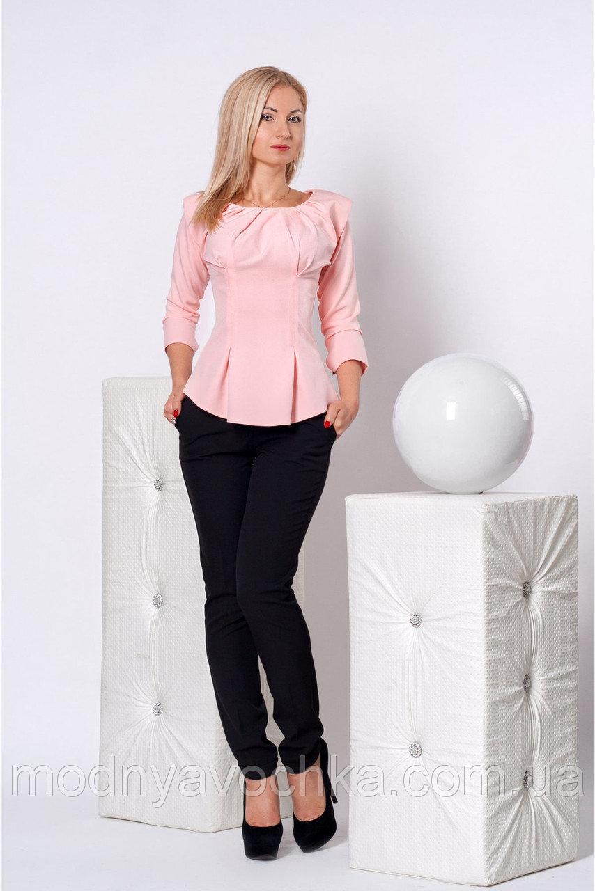 Діловий жіночий костюм з кофтиною під пояс ціна d5ee3a4fb6367