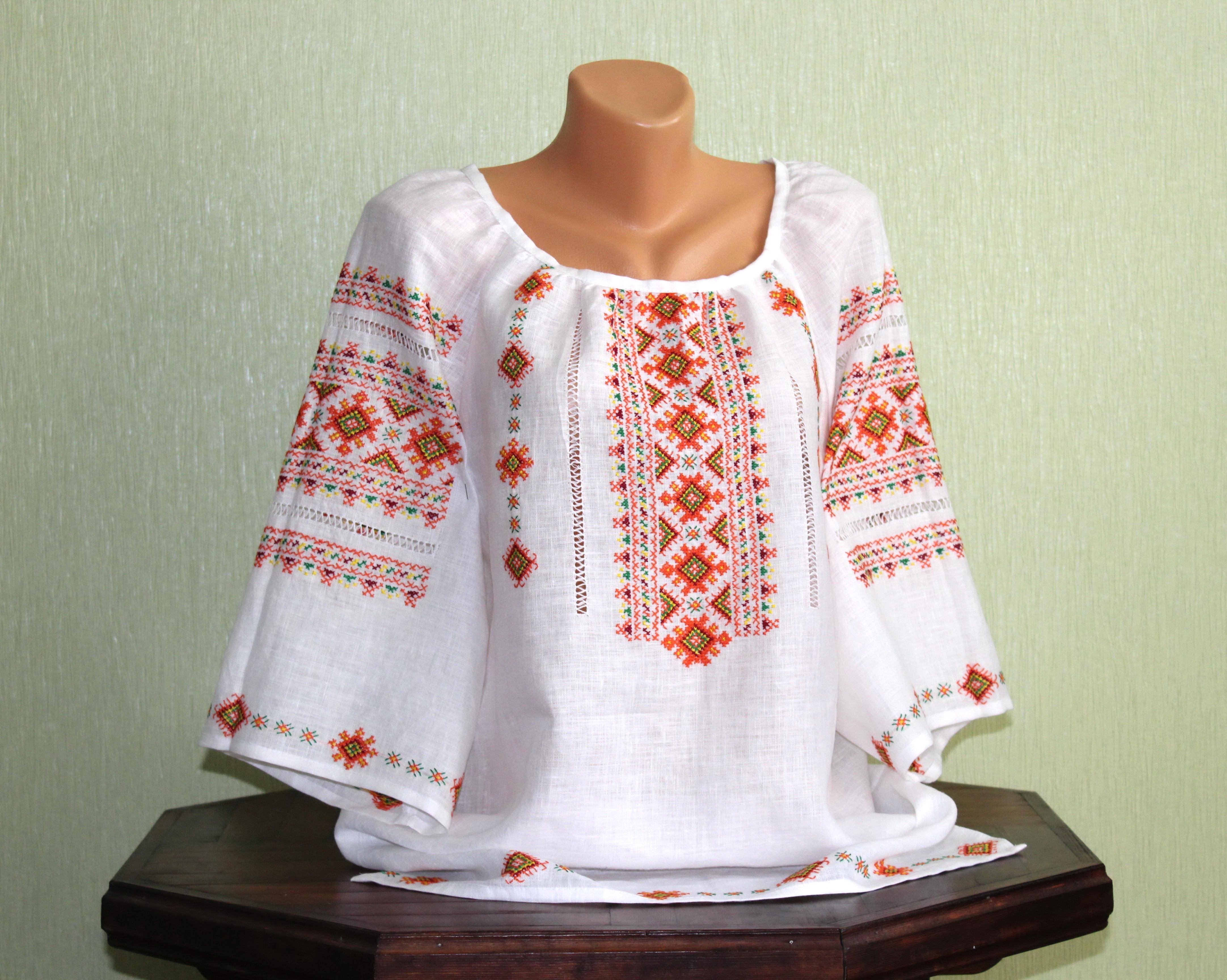 Женская вышиванка на льне с коротким рукавом ручной работы - Товары ... d22e568a72604
