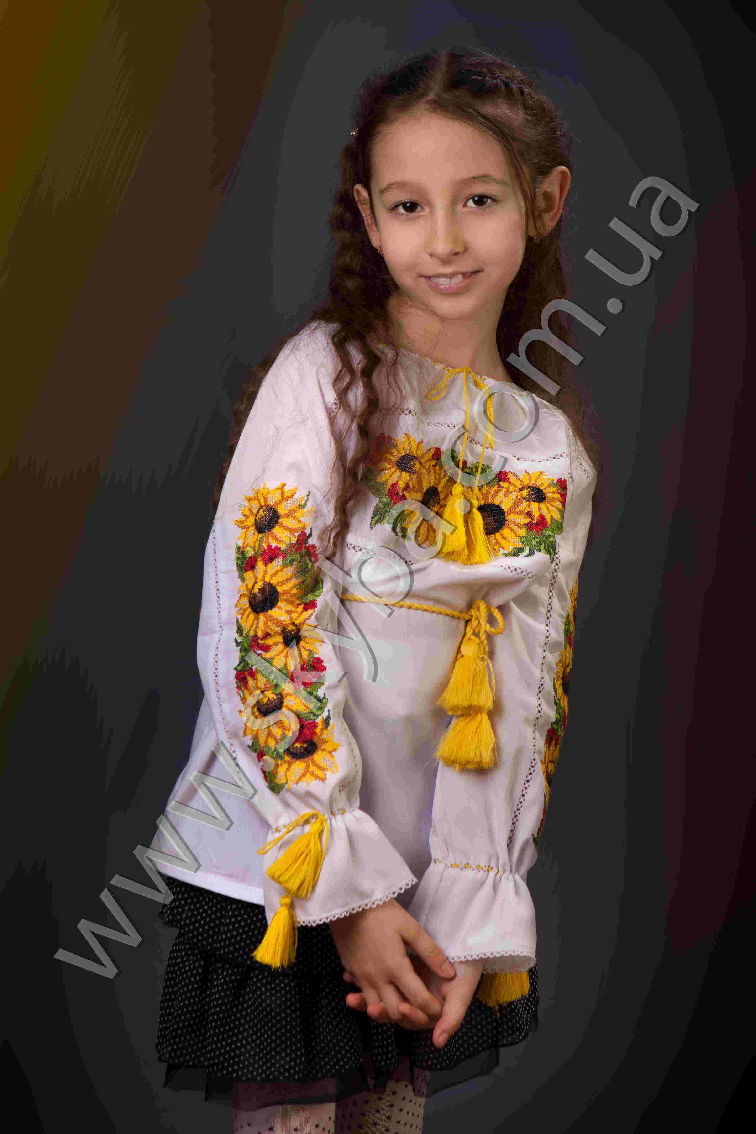 Детские вышитые блузки
