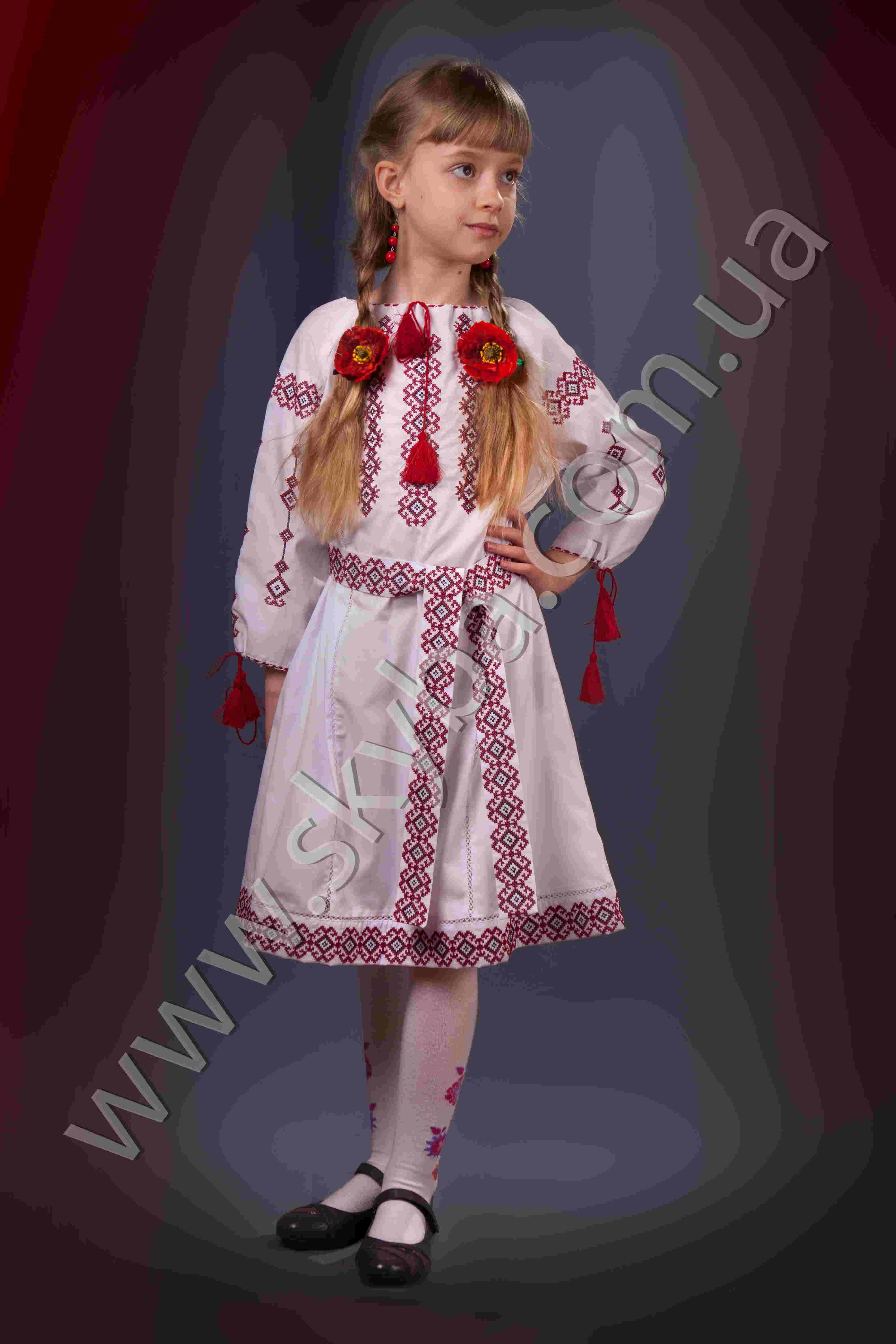 Українська вишиванка сукня для