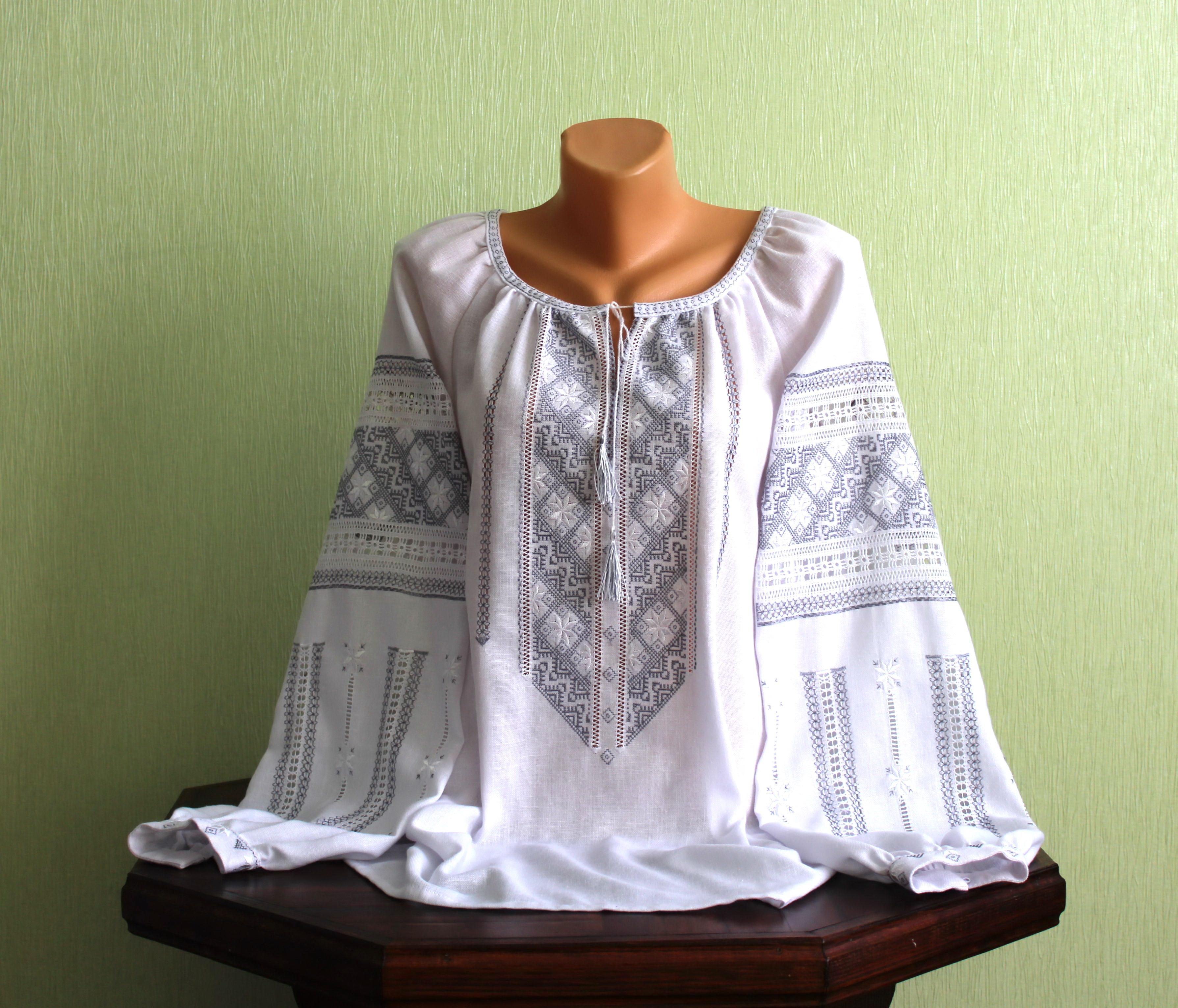 Вишукана жіноча сорочка вишита ручної роботи - Товари - Вишиванки ... 8c0f6e273e2cc