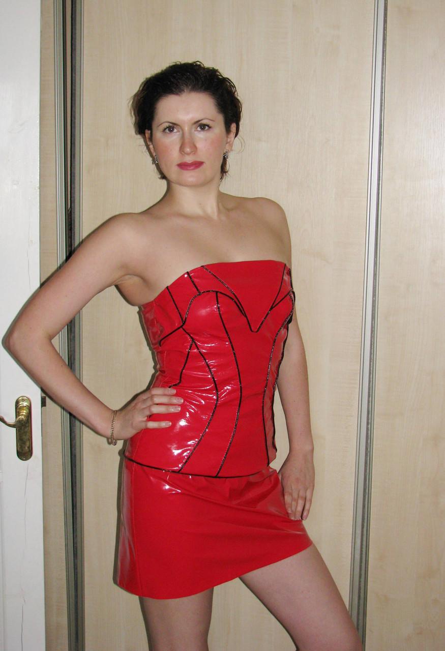 Червона сукня-корсет з лакованої шкіри - Товари - Ателье - магазин ... 7e4a3e033d6f0