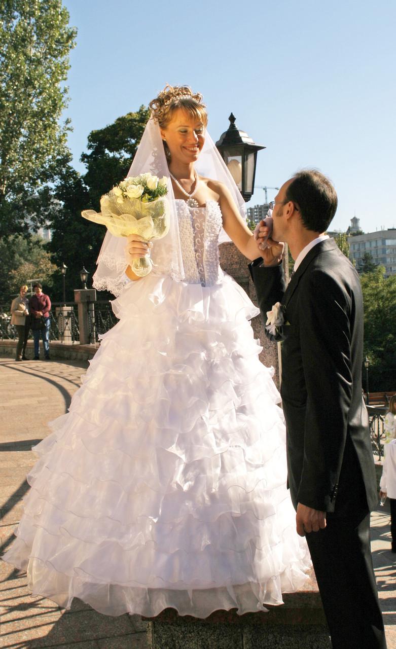 Пошити весільну 9938f270c2dd3