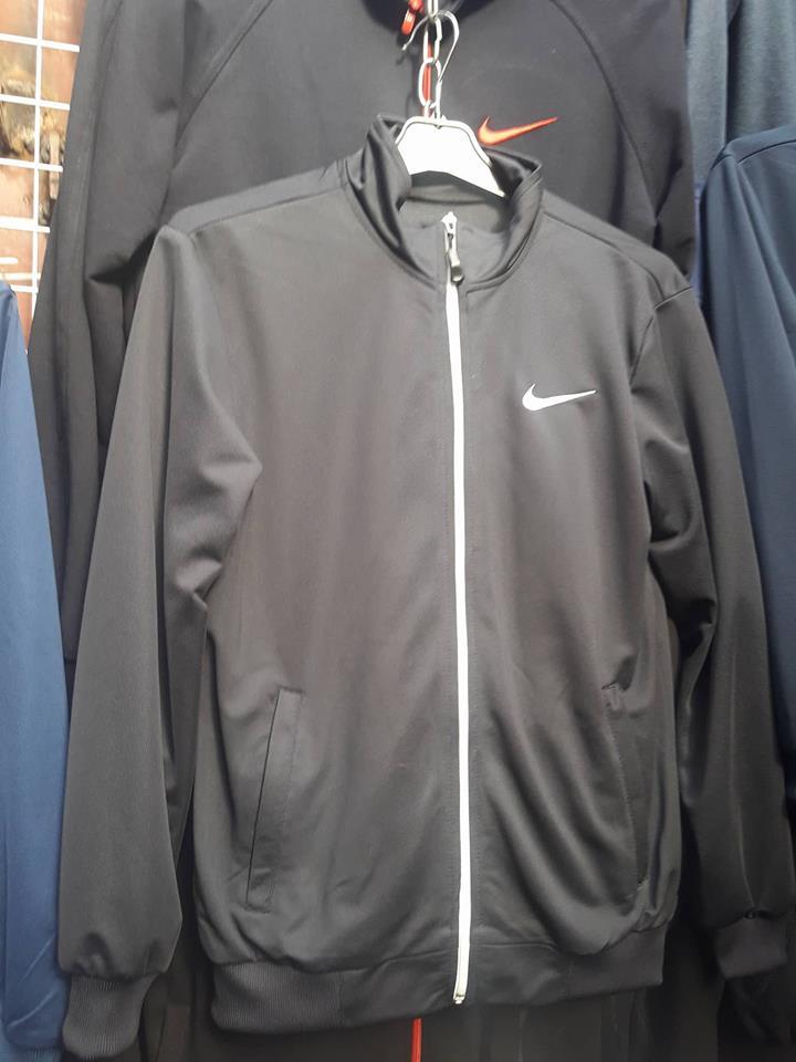 Підлітковий спортивний костюм для хлопчика - Товари - Купити стильні ... b12e2fd39239f