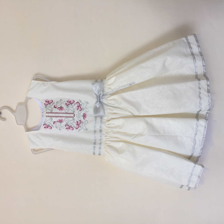 Плаття дитяче для першого Причастя 3d185c7655df5