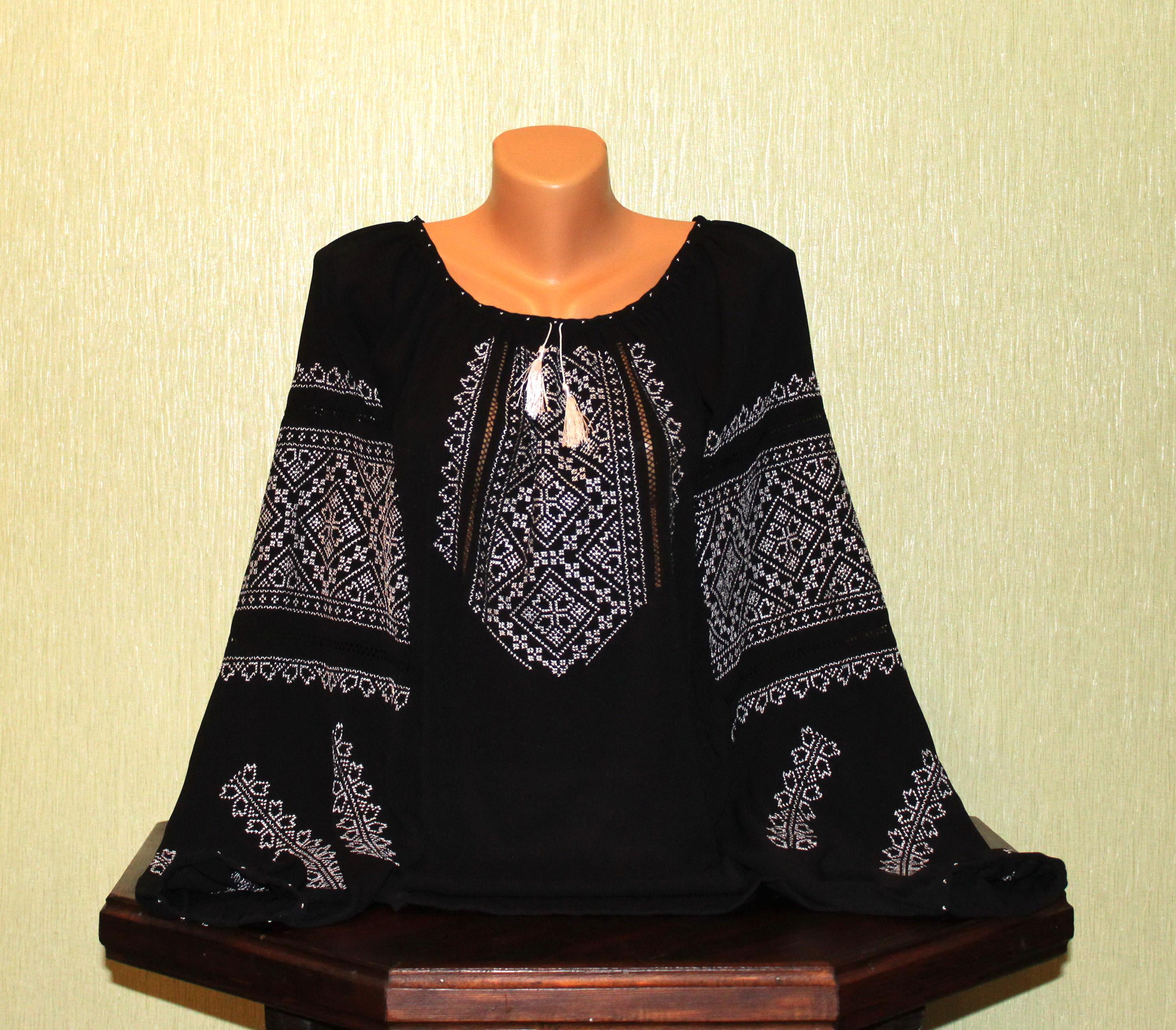 Жіноча сорочка вишита білим шовком на чорному шифоні a6b344f0dde5a