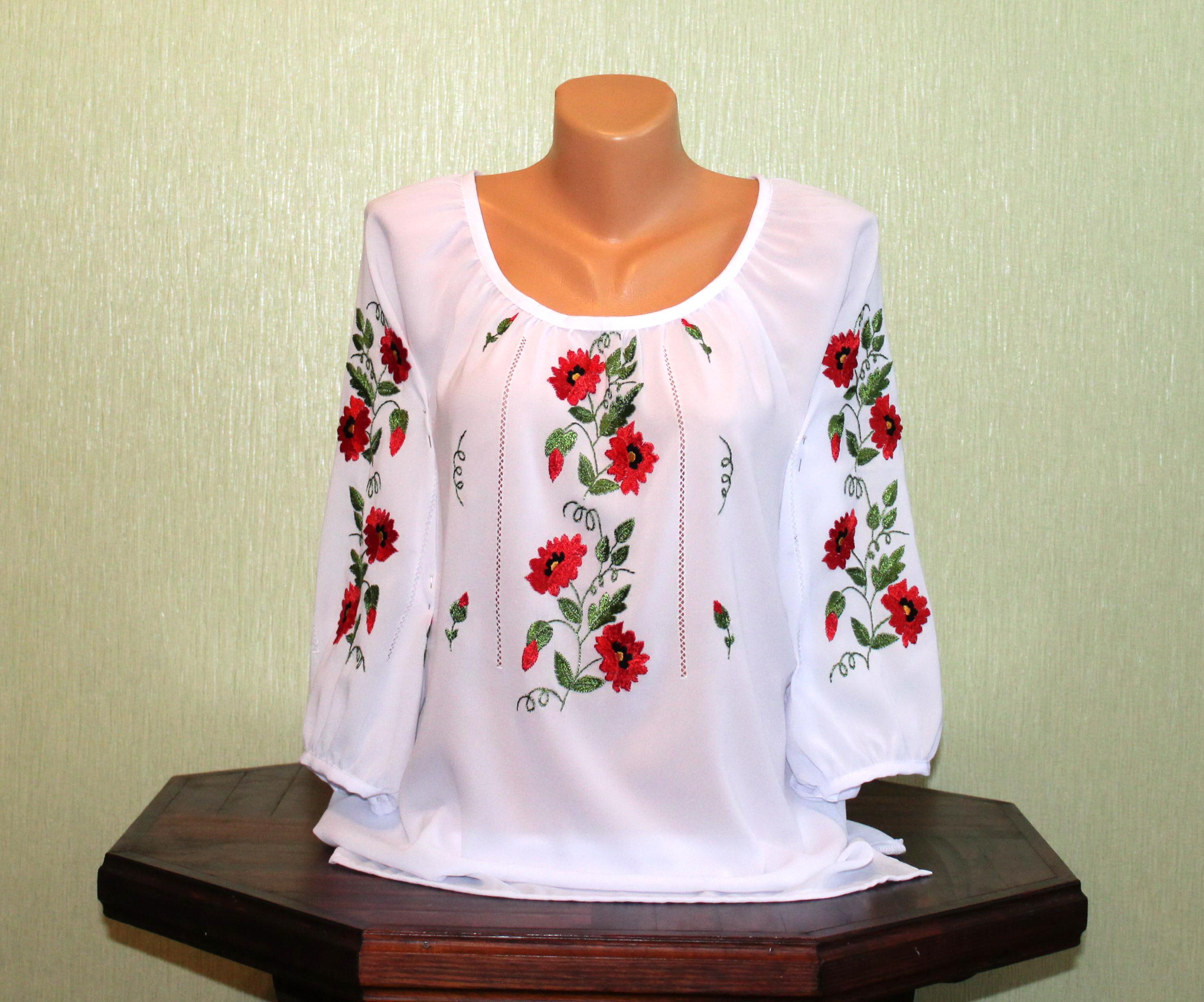 Вишита жіноча сорочка на білому шифоні з маками. Ручна робота ... 3c3fcd4c88a2e