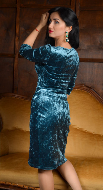 Жіноче святкове плаття 195. loading... Наведіть курсор af23d48600c06