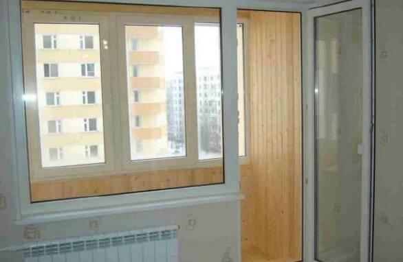 Пропонуємо двері балконні
