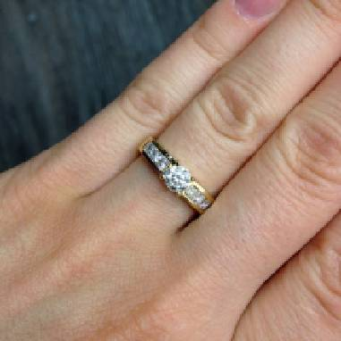 Предлагаем купить обручальные кольца по привлекательной цене