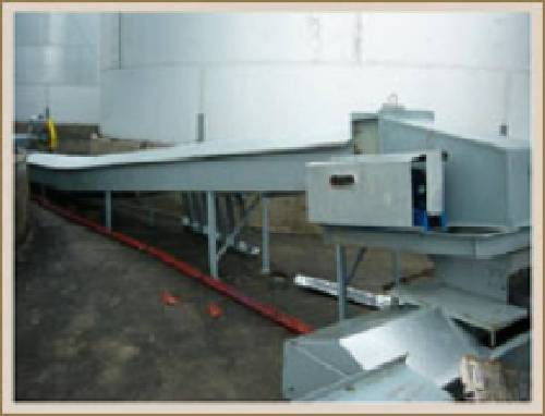 There are chain conveyors with scrapers on sale