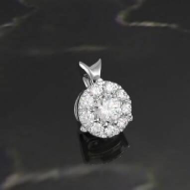 Потрібна підвіска з діамантом? Купити її можна у нас!