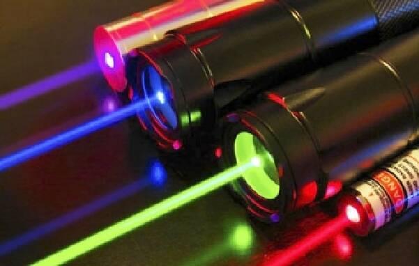 Топовая мощная лазерная указка в наличии!