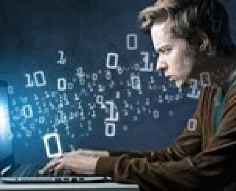 Програміст бази даних