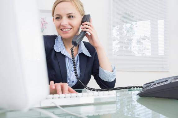 Менеджер телефонних продажів, оператор call-центру