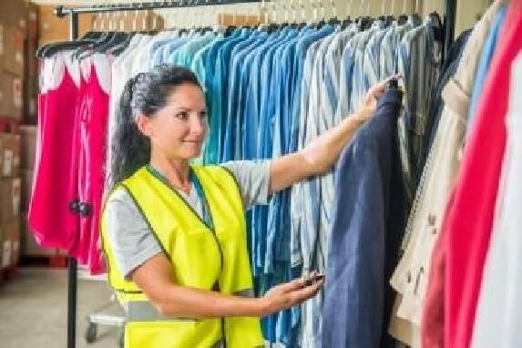 Интернет-магазин одежды ARVATO приглашает на работу сотрудников: работник на складе одежды