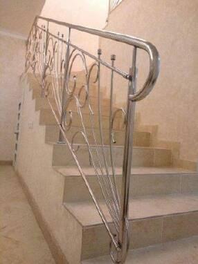 Купити перила та огородження для сходів