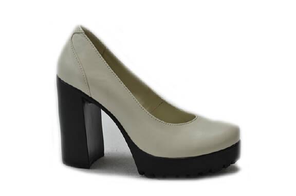 Взуття шкіряне від виробниканедорого Харків