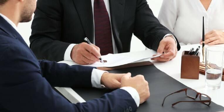 Податкові спори адвокат замовити
