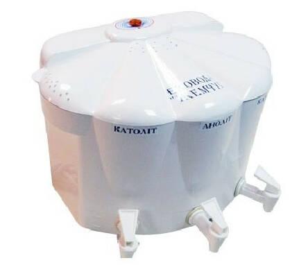 Побутовий водоочищувач «Ековод» з кремнієвим електродом на 6 літрів